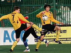 Fußballspieler /-in
